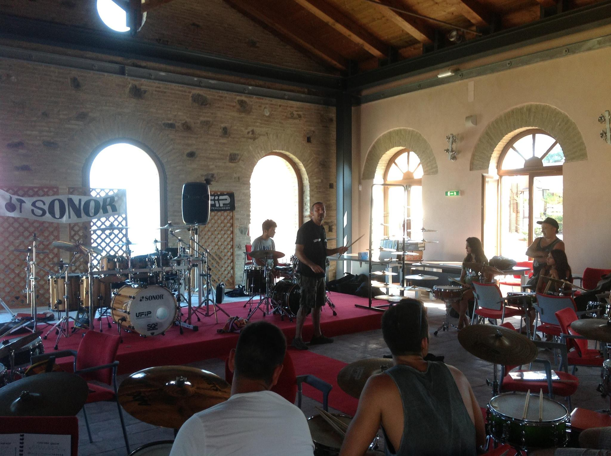 FIERE CONGRESSI MEETING MAGIC SOUND DI DOMINGO CRISAFULLI SICILIA MASTERCLASS BATTERIA PENNISI